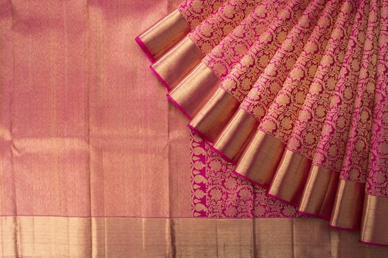 Awesome Bollywood Designer Banarasi Silk  Saree BS7217