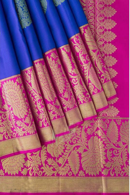 Awesome Bollywood Designer Banarasi Silk  Saree BS7220