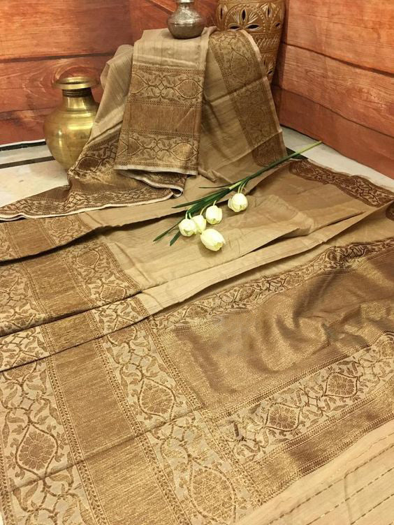 Leatest New Bollywood Designer  Kanchipuram Silk Saree KC6047