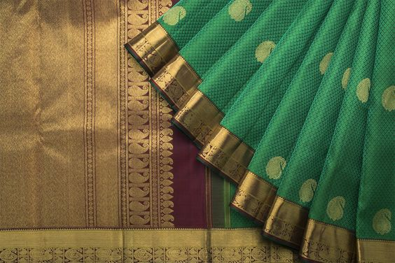 New Latest Collection of Designer  Kanchipuram Silk Saree KC6144