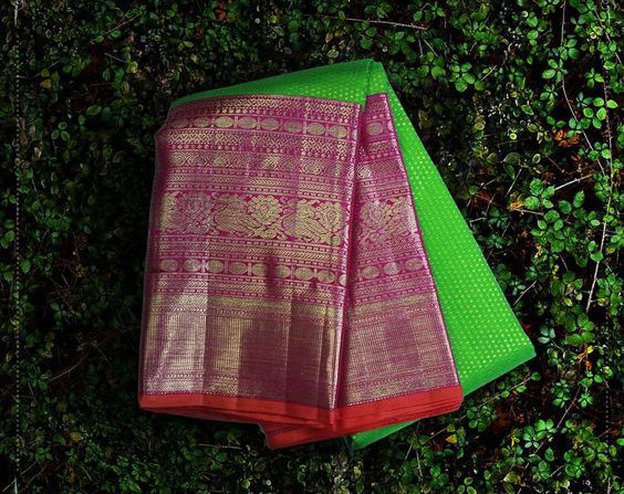 Awesome Bollywood Designer Kanjivarm Silk Saree KJ5164