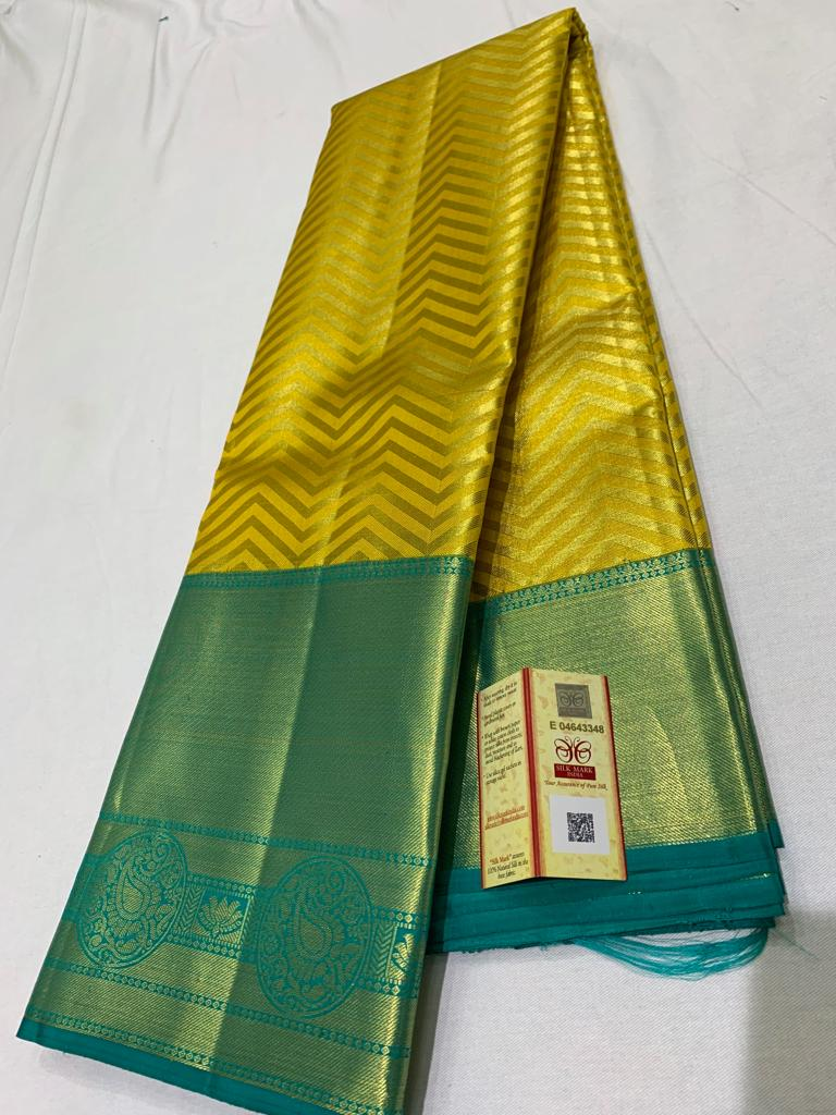 Awesome Bollywood Designer Kanjivarm Silk Saree KJ5349