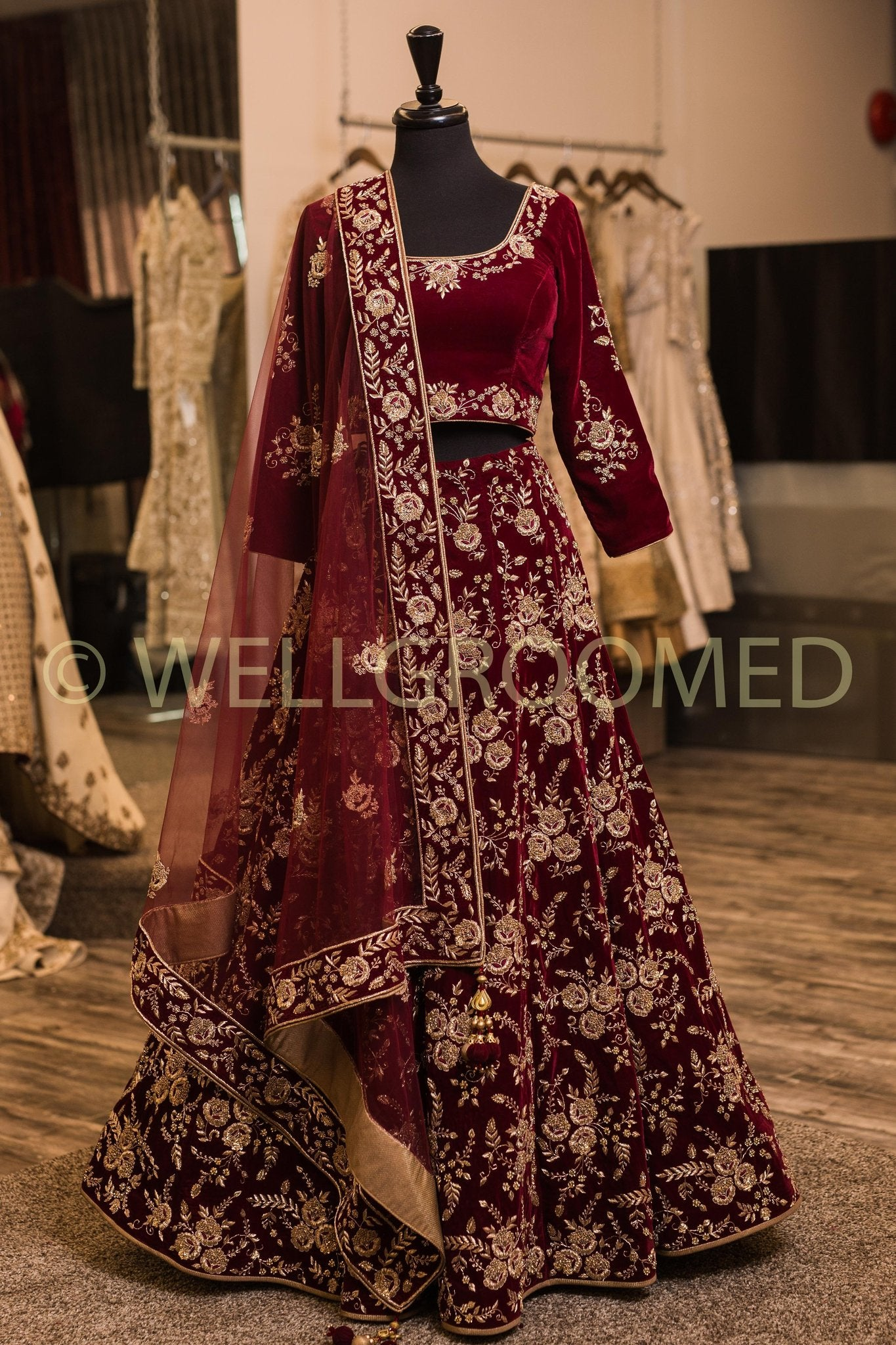 NEW LOOK DESIGNER WEDDING WEAR LEHENGA CHOLI MDL1114