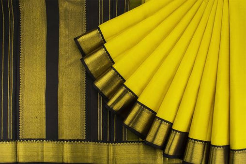 Awesome Bollywood Designer Raw Silk Saree RS3003