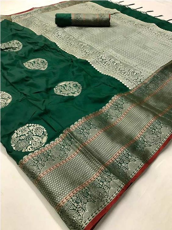 New  Best Collection Of Designer  Soft Silk Saree SS8072