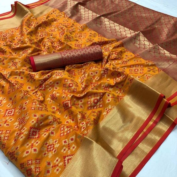 New  Best Collection Of Designer  Soft Silk Saree SS8077