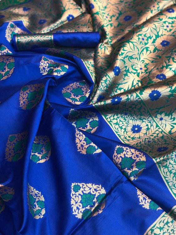 New  Best Collection Of Designer  Soft Silk Saree SS8092