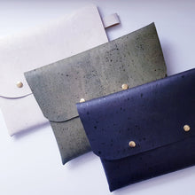 Load image into Gallery viewer, Cork leather clutch bags