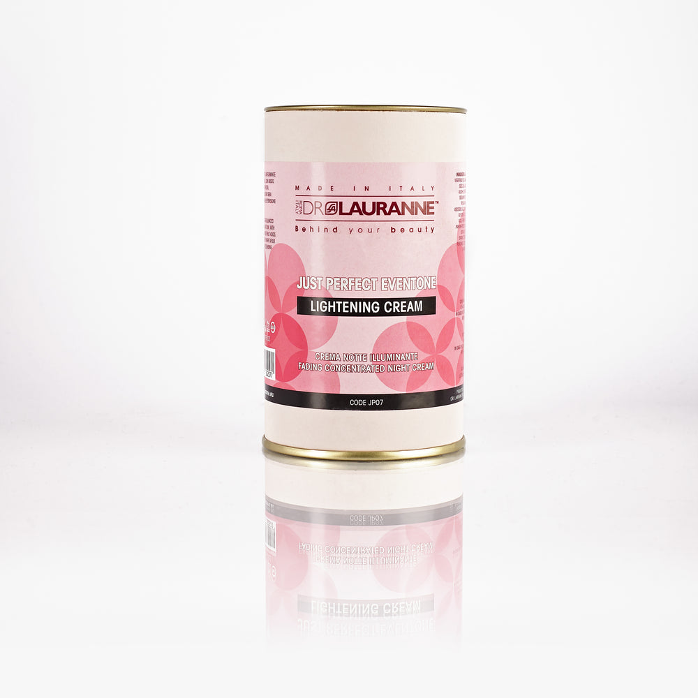 Night cream that evens out the skin tone, with pink hibiscus and fruit acids
