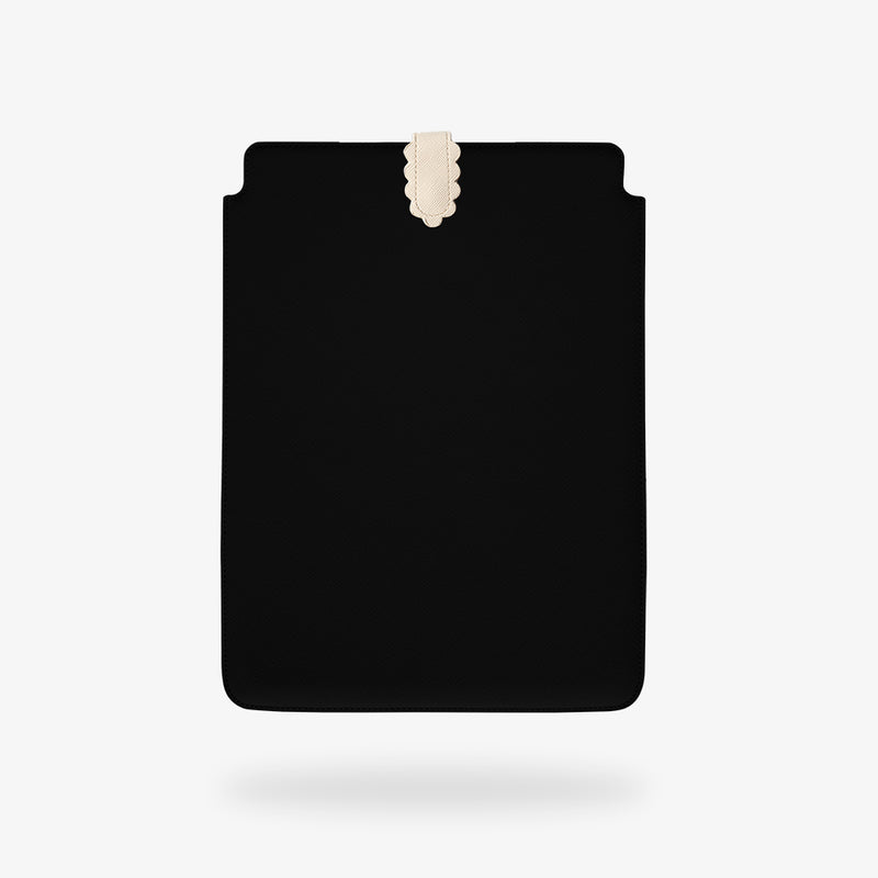 Black Laptop/iPad case - Scallop