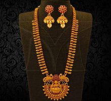 Load image into Gallery viewer, Mango Design Lakshmi Long Haaram Buy Online