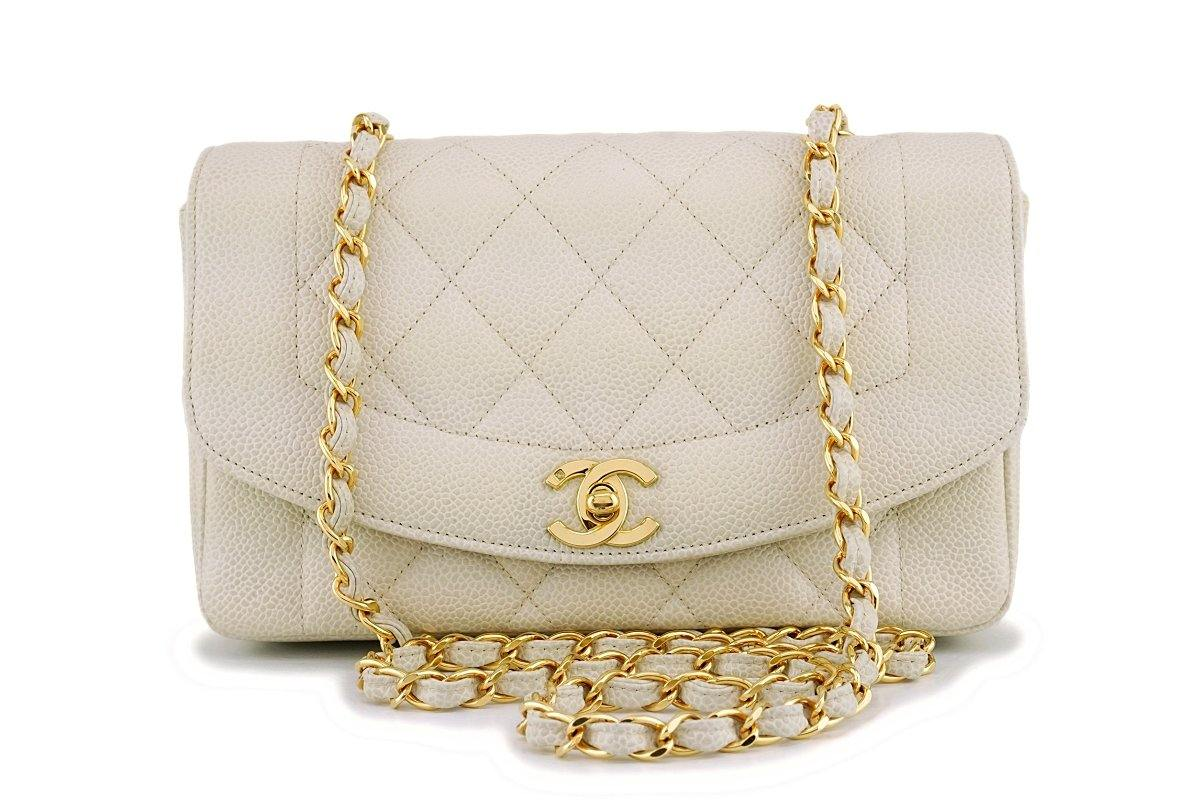 27d696fc1088 *rare* Chanel Beige Vintage Caviar Small Diana Classic Flap Bag 24k GH