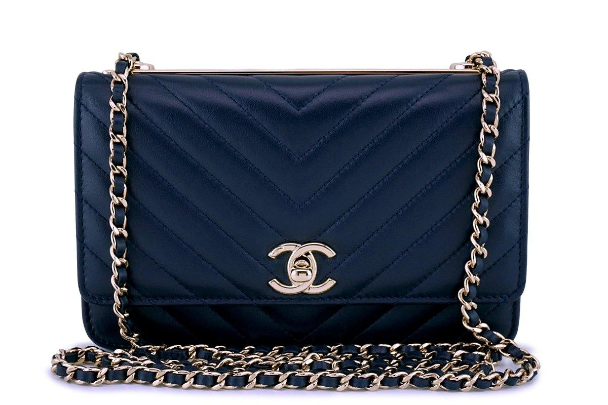 30f46fc937e4 New 18P Chanel Navy Blue Rare Trendy CC Classic Wallet on Chain WOC Fl