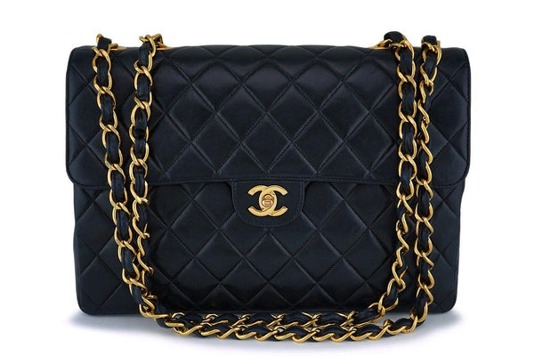 Chanel Black Lambskin Jumbo Classic Flap Bag 24k GHW
