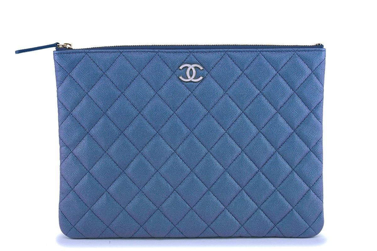 NIB 19S Chanel Iridescent Blue Pearly CC Medium O Case Clutch Bag