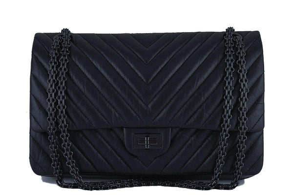 NIB Rare Chanel So Black Chevron 226 Classic Reissue 2.55 Flap Bag
