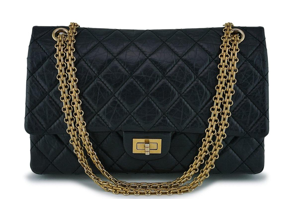 Chanel Black Classic 2.55 Reissue 226 Medium Double Flap Bag GHW
