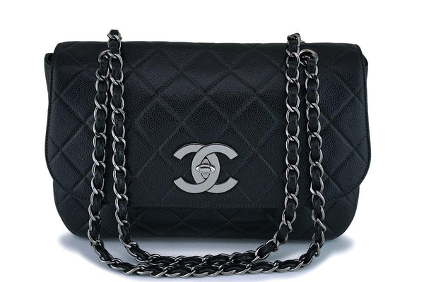 *rare* Chanel Vintage Black Caviar Jumbo Flap Bag RHW