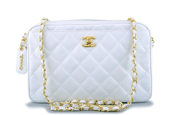 Rare Pristine Chanel White Caviar Quilted Classic Camera Case Clasp Bag
