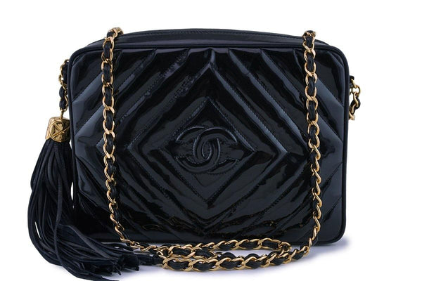 Chanel Pristine Vintage Black Patent Classic Quilted Camera Case Bag