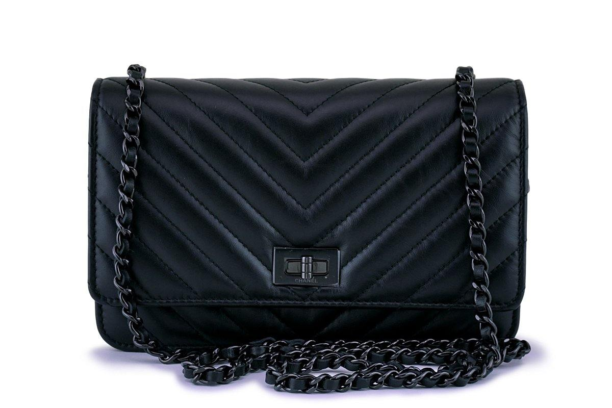 NIB 17K Chanel So Black Calfskin 2.55 Reissue Chevron WOC Wallet on Chain Bag