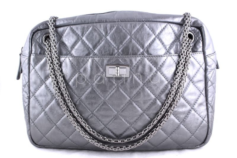 Chanel Silver Jumbo Large 2.55 Reissue Camera Case Silver Bag
