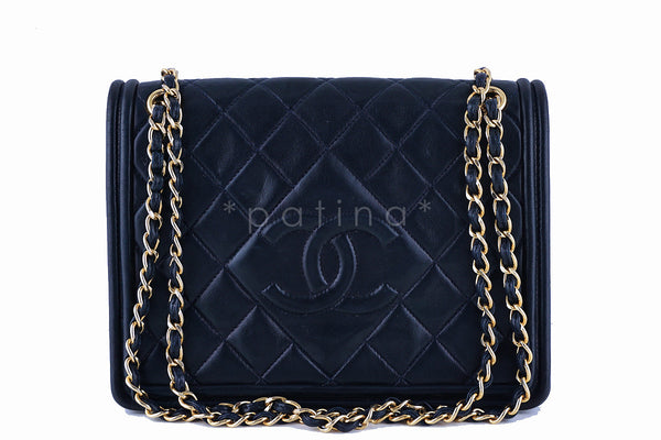 Chanel Dark Navy Classic Flap, Timeless Vintage Bag