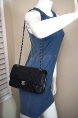Chanel Black Lambskin Medium-Large Classic 2.55 Double Flap Bag SHW