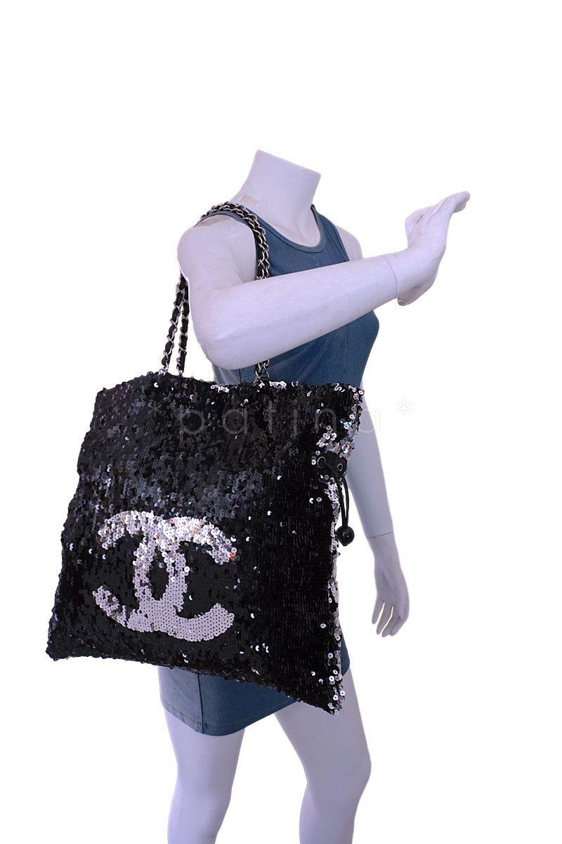 92fbfa6bb200 ... Chanel Silver XL LIMITED Summer Nights Reversible Sequins Hobo Tote Bag