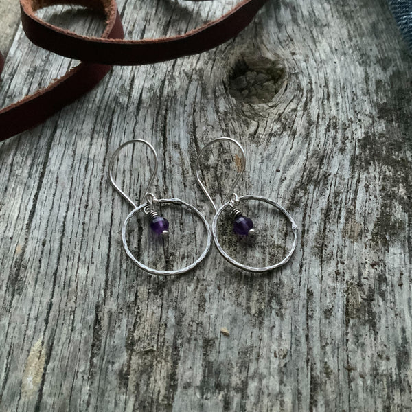 Jane's Simple Circle Earring
