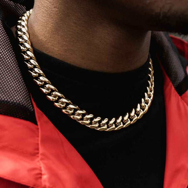 Miami Cuban Link Chain 14mm Gold Gods lifestyle look