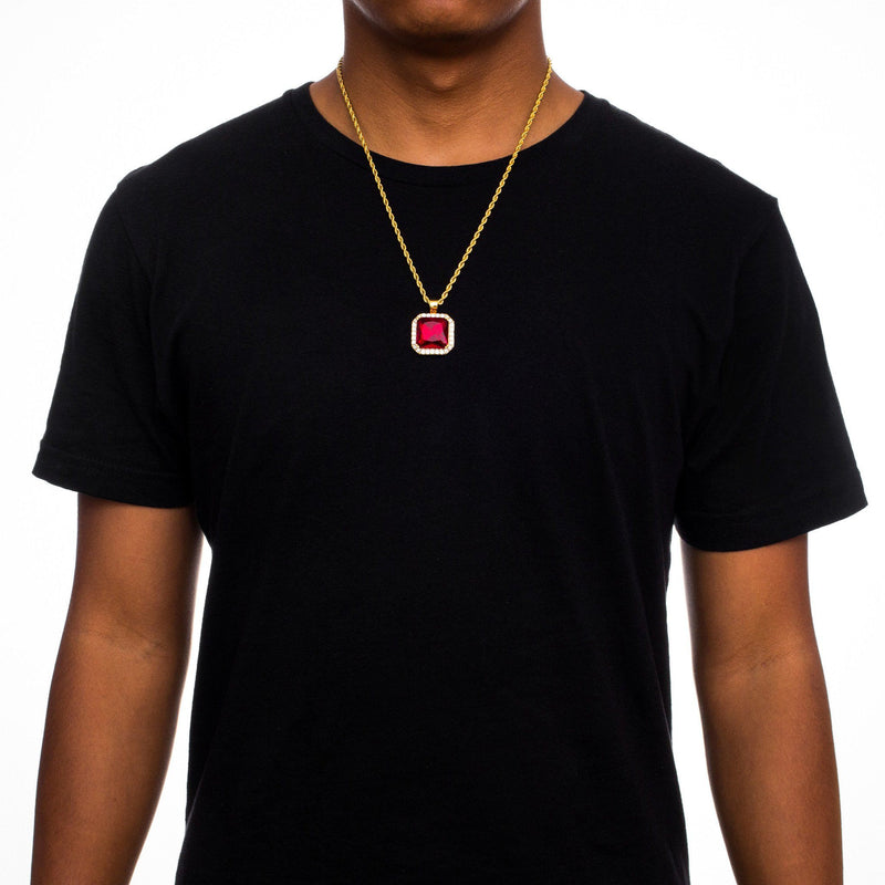 Aura Ruby Pendant Necklace Gold Chain Gold Gods® Lifestyle look