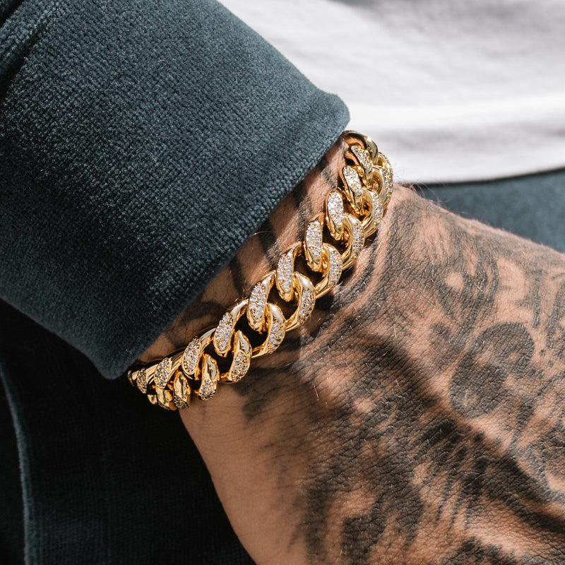 Diamond Cuban Link Bracelet 10mm Gold Gods® lifestyle look