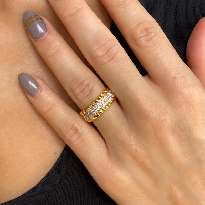 Diamond 3-Row Rope Ring Gold Gods® Lifestyle