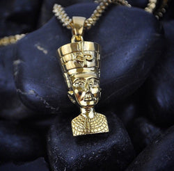Nefertiti Gold Necklace Pendant & Franco Box Gold Chain Gold Golds® front close up view