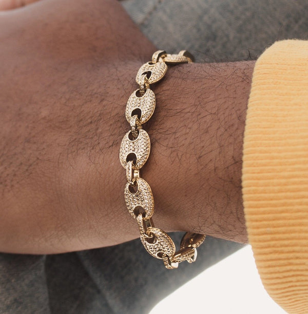 Diamond Gucci Link Bracelet Gold Gods® lifestyle look