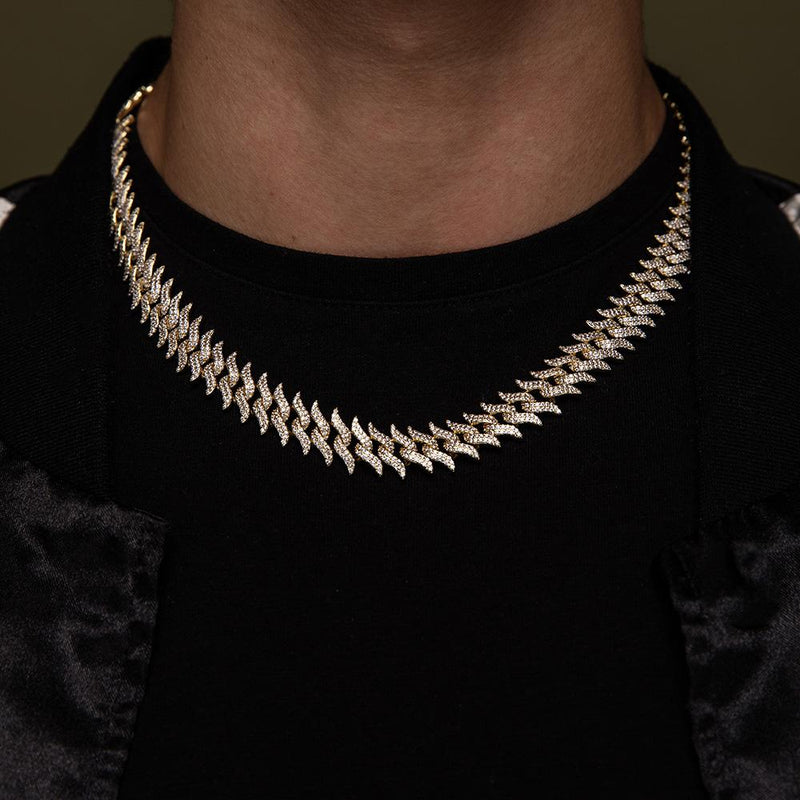 Diamond Spiked Laurel Cuban Chain Gold Golds® lifestyle look