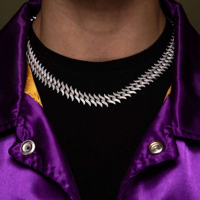Diamond Spiked Laurel Cuban Chain Gold Golds® lifestyle look 3