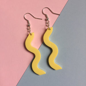 Squiggle Hooks - Pastel Yellow