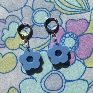 Mini Flower Huggie Hoops - Blue
