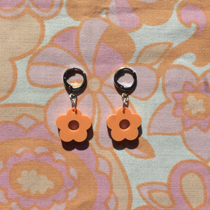 Mini Flower Huggie Hoops - Pastel Orange