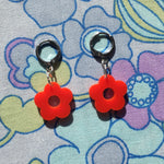Load image into Gallery viewer, Mini Flower Huggie Hoops - Red