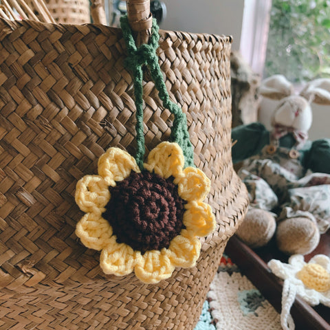 Knitted Sunflower