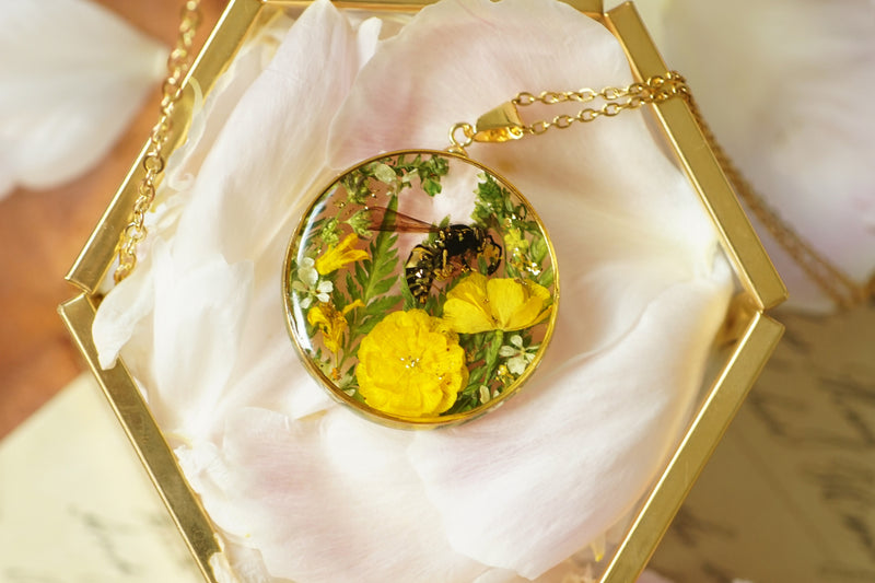 'VELVET MASONRY' TREASURE LOCKET NECKLACE