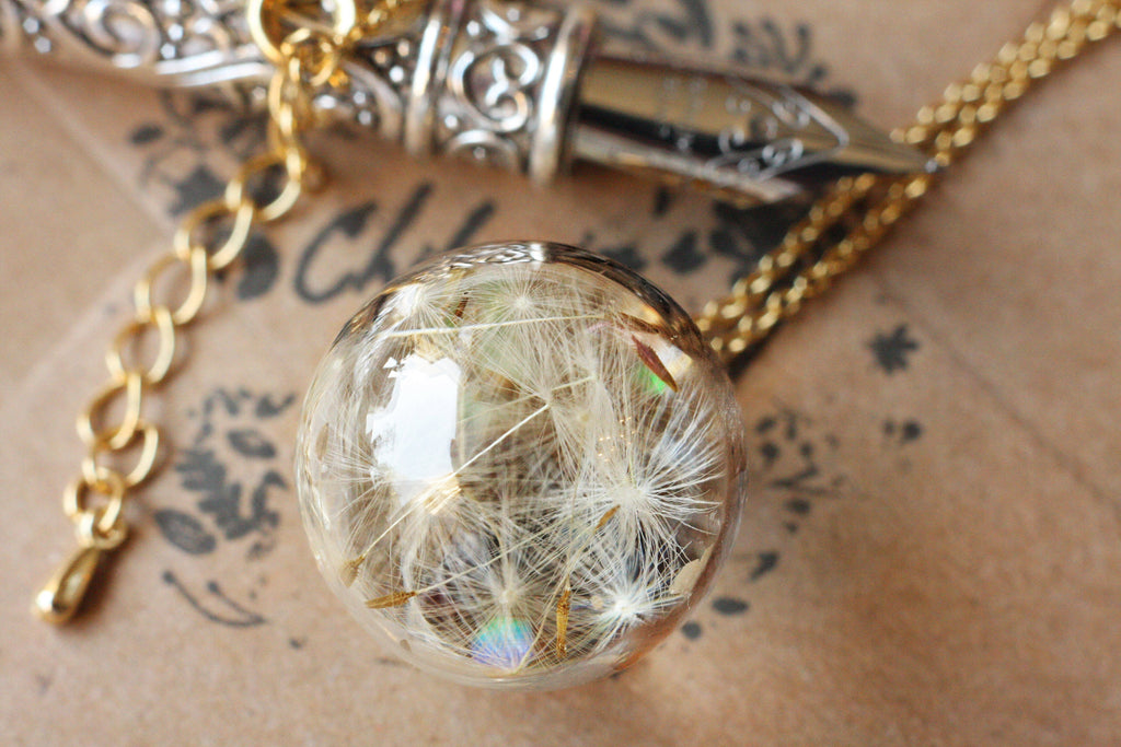 Dandelion seeds necklace / Dandelion necklace / Good luck necklace / Make a wish necklace / Dandelion jewelry Dandelion pendant / Christmas gift