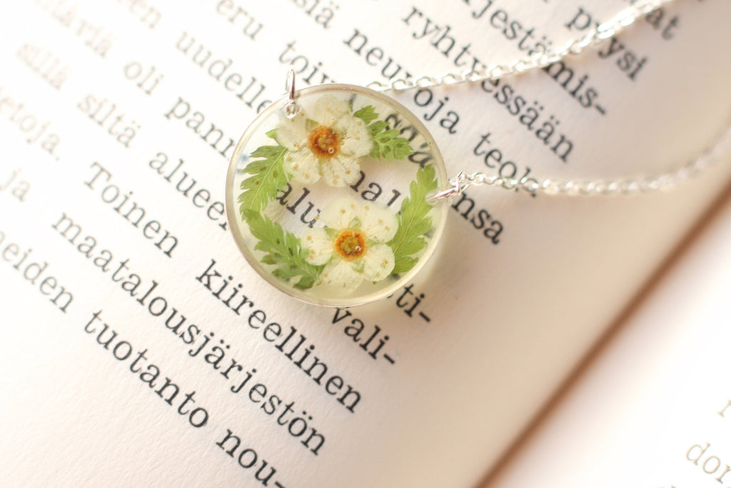 Terrarium necklace / Pressed flower necklace / Resin necklace / Dried flower necklace / Christmas gift