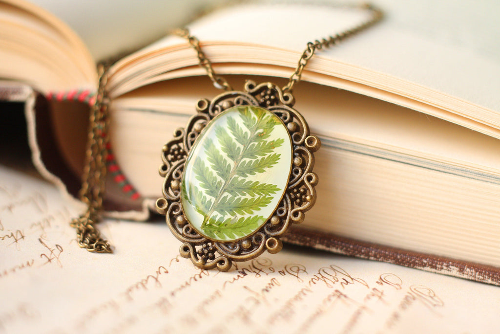 Vintage fern necklace, Real fern necklace, Pressed fern necklace, Antique bronze necklace, Forest jewelry, Woodland jewelry, Bridesmaid gift