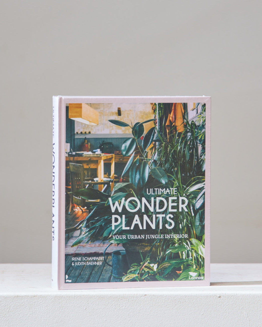 ULTIMATE WONDER PLANTS Book
