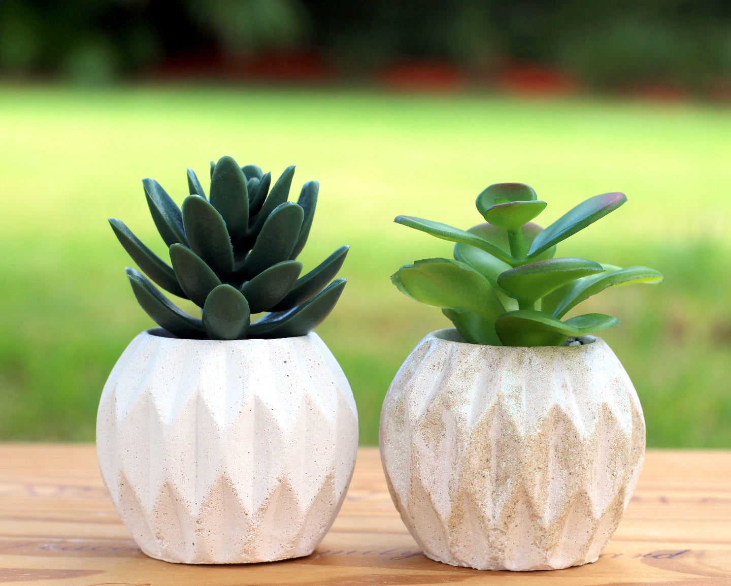 Diamond Design Mini Planter / Pot
