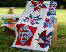 Load image into Gallery viewer, Americana Lap Quilt / Toddler Quilt